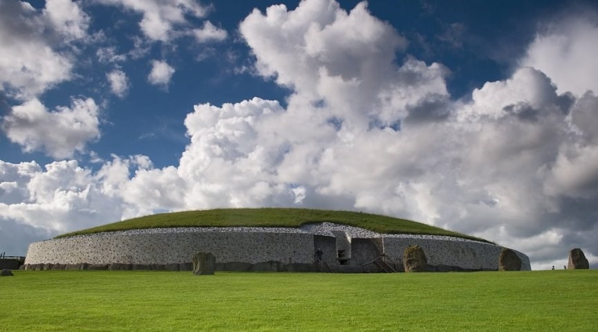 Ньюгрейндж, Ирландия