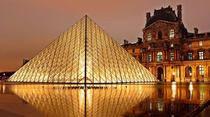 Посетите Лувр