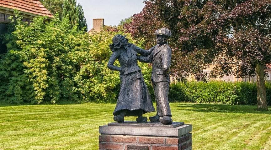 Бронзовая статуя, Гитхорн