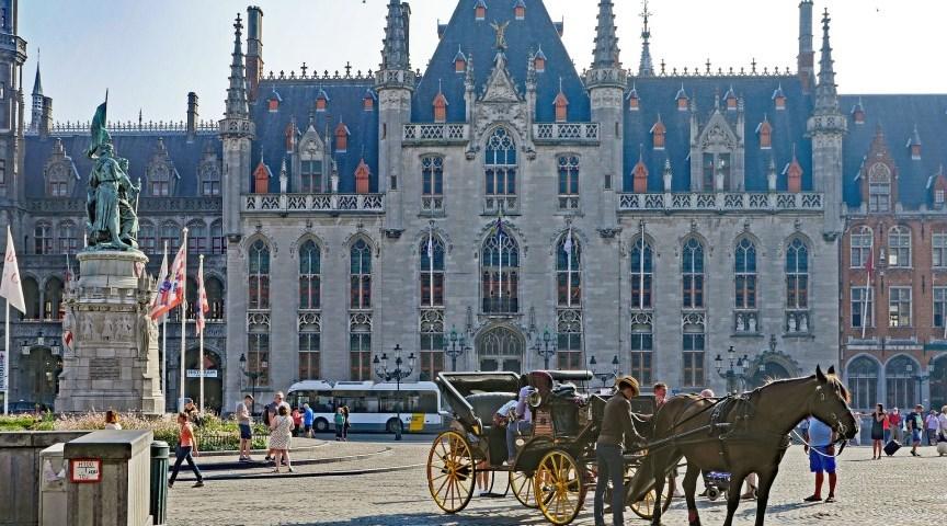 Большой рынок в Брюгге