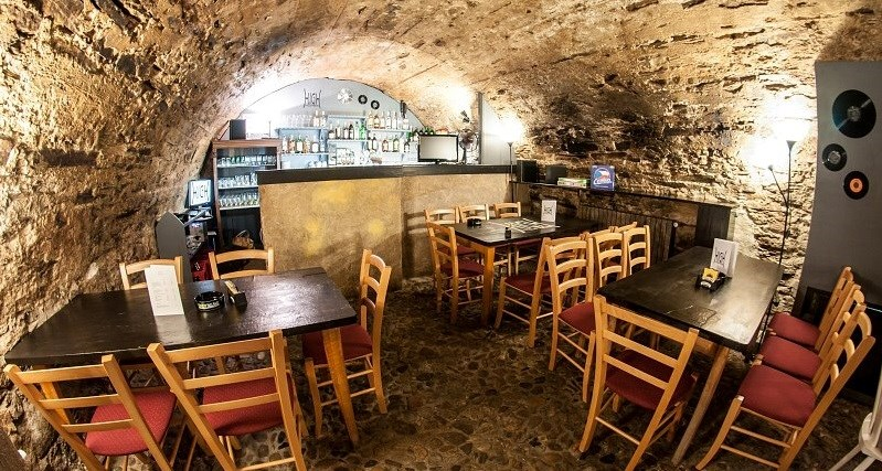 High Hopes Tavern