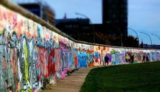 Превью фото о Берлинской стене