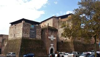 Фото Замок Кастель Сисмондо