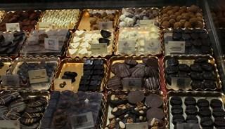 Превью фото о Магазине шоколада Planete Chocolat