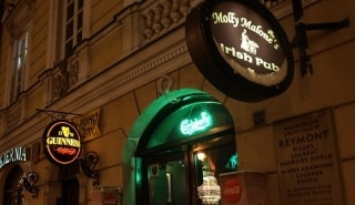 Превью фото о Ирландском пабе Molly Malone's