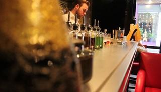 Превью фото о Коктейль-баре «Jefrey's»