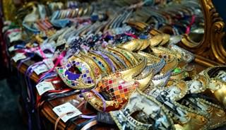Превью фото о Кукольном магазине Magie di Carnevale