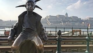 Превью фото о Скульптуре Маленькой принцессы