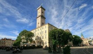 Превью фото о Львовской ратуше