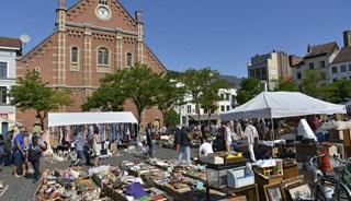 Превью фото о Блошином рынке Marolles