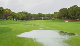 Превью фото о Национальном гольф-клубе