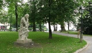 Превью фото о Памятнике Парацельсу