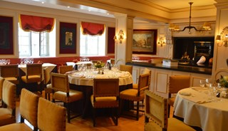 Превью фото о Ресторане La Maison du Cygne