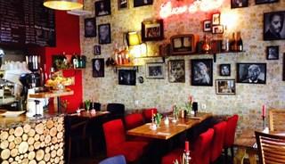 Превью фото о Французском ресторане Sucre Et Sel