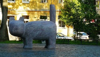 Превью фото о Скульптуре «Кот»