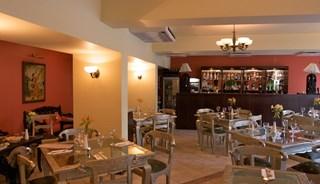 Превью фото о Ресторане Sue's Indian Raja