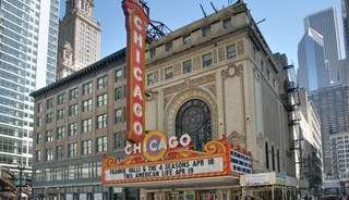 Превью фото о Театре «Boom Chicago»