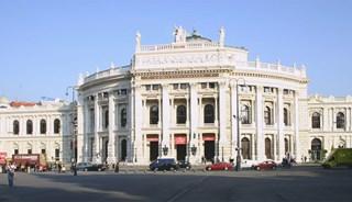 Превью фото о Театре Бургтеатр