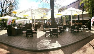 Превью фото о Ресторане Zoe Bar And Grill